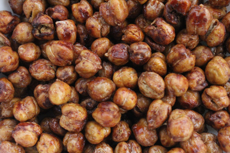 Cinnamon roast chickpeas